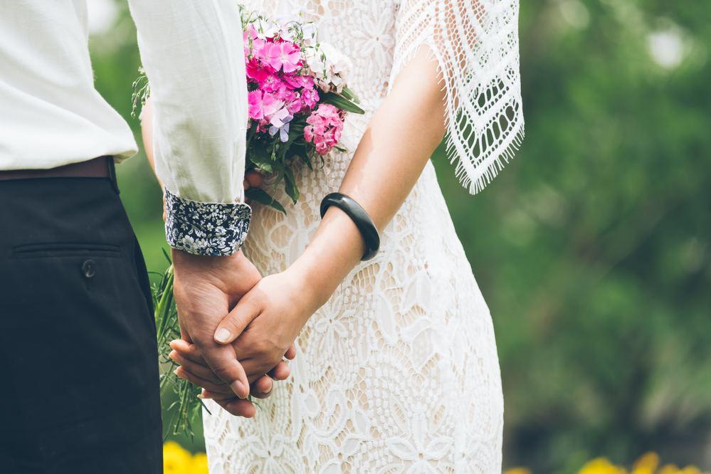 Quer saber como arrasar nas fotos pré casamento? Neste artigo contamos as melhores dicas para realizar lindas fotos desse momento tão importante!