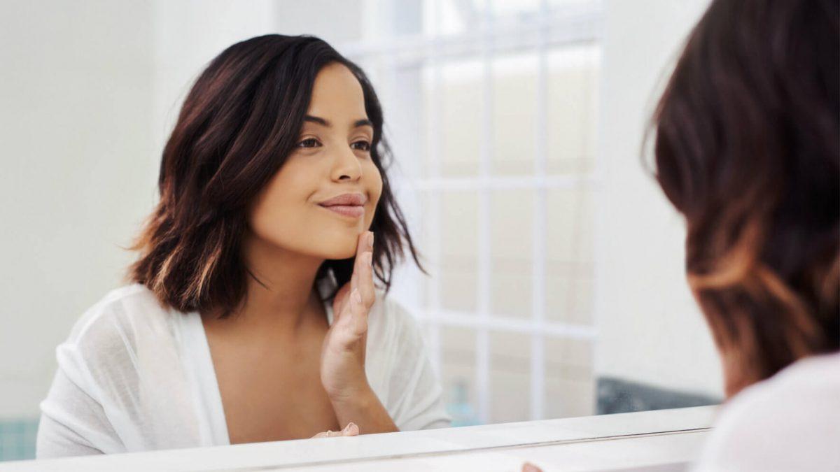 Não sabe como combater a dilatação dos poros da pele? Separamos as melhores dicas para você conquistar uma pele saudável